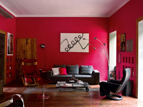 Kleuradvies woonkamer rood mia domo for Black red living room decorating ideas